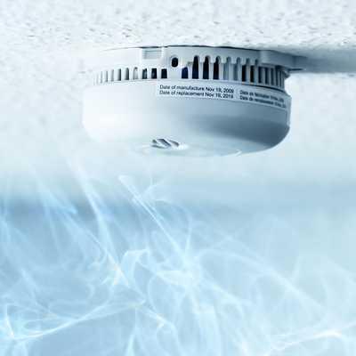 Détecteur de fumée connecté pour envoie d'une alerte à la télésurveillance ou sur smartphone